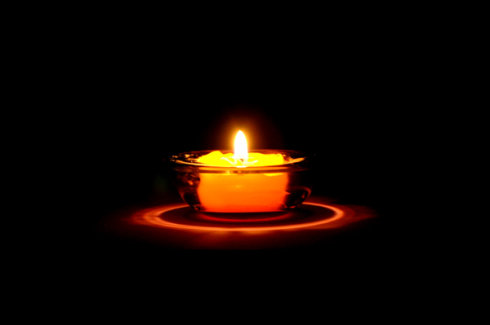 亚协体育烛光冥想,206届哈他班学员「我们亦师亦友,一同剖析真我」