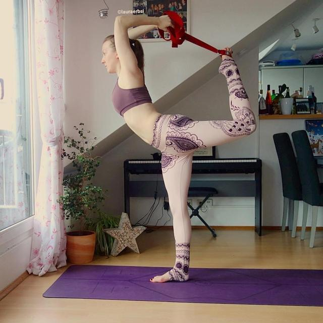 瑜伽伸展带,让你这六个瑜伽体式更加轻松
