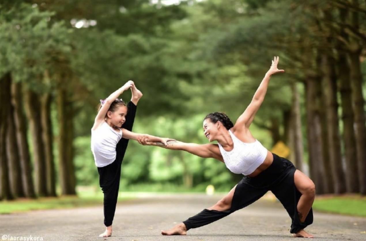 练习亲子瑜伽的感受