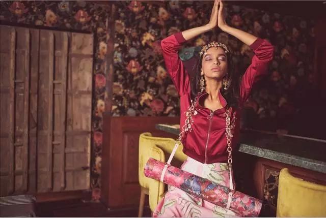 瑜伽垫可以用什么代替?