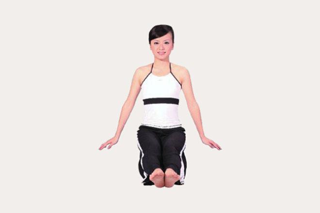 瑜伽体式教学——坐角式怎么做?