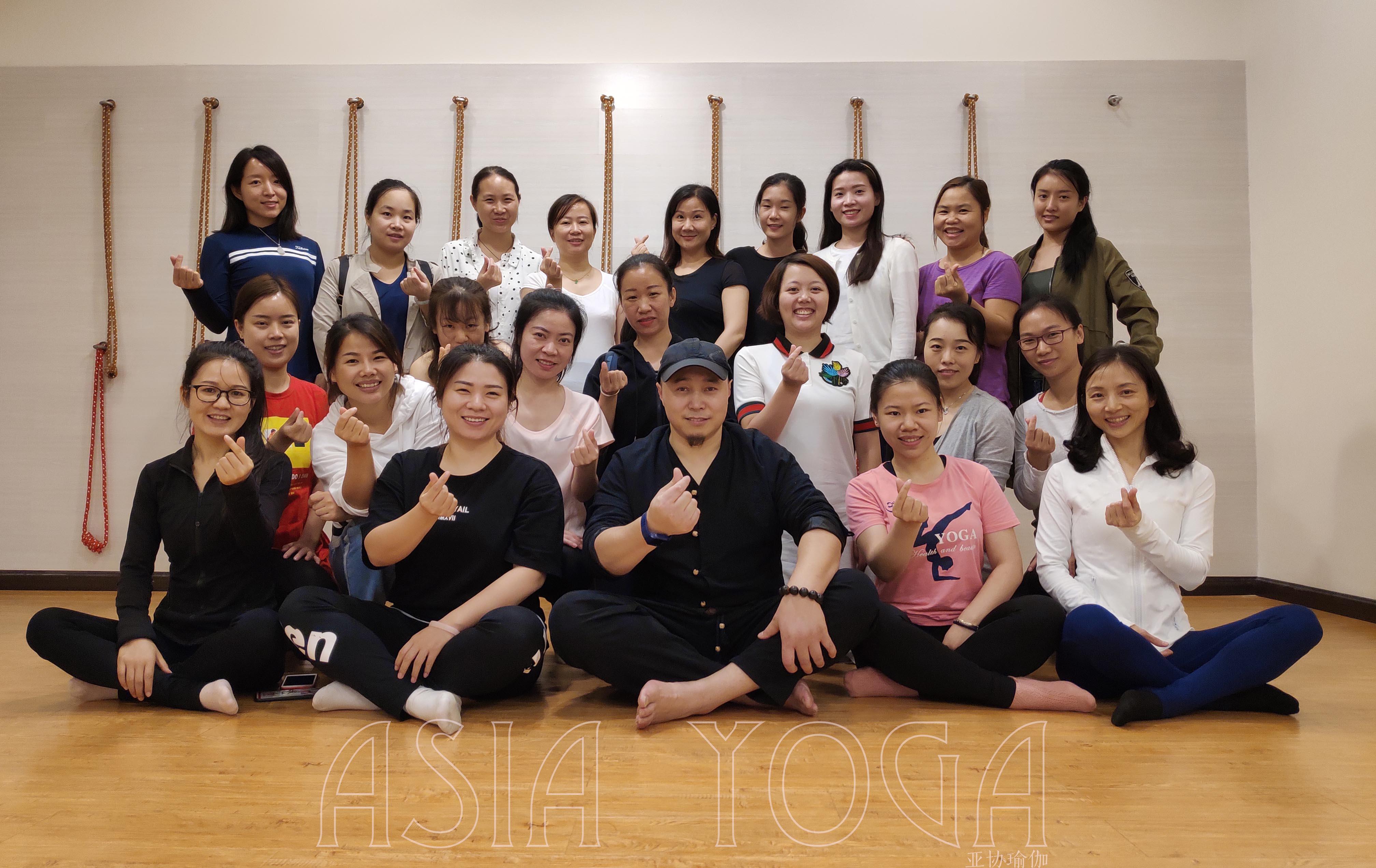 从入门到精通,亚协体育最实用、专业的【孕产康复训练师课程】开课啦!