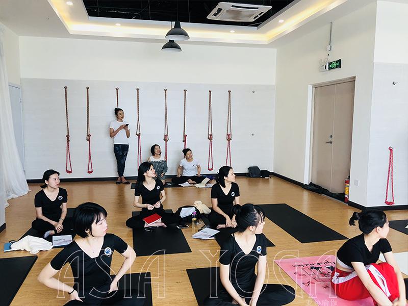 瑜伽是做什么的?我为什么要练瑜伽?