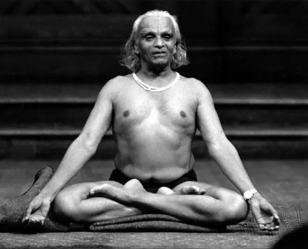 瑜伽大师艾扬格虽然已逝,但他的这12句箴言将长留人世......