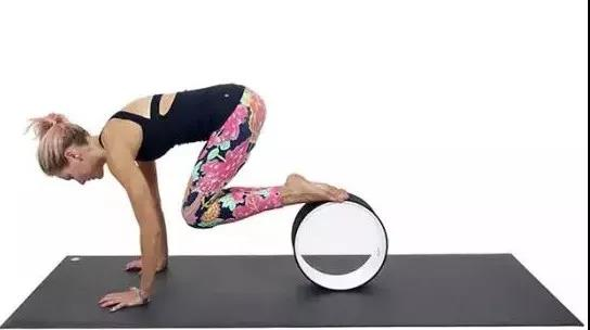 轮瑜伽是什么?该怎么练习轮瑜伽呢?