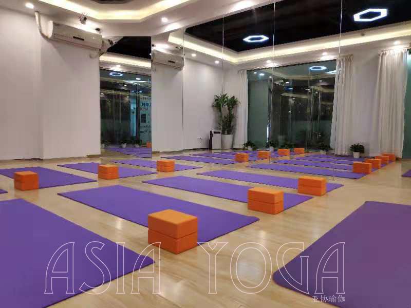 好消息:深圳亚协瑜伽龙岗分院成立啦!