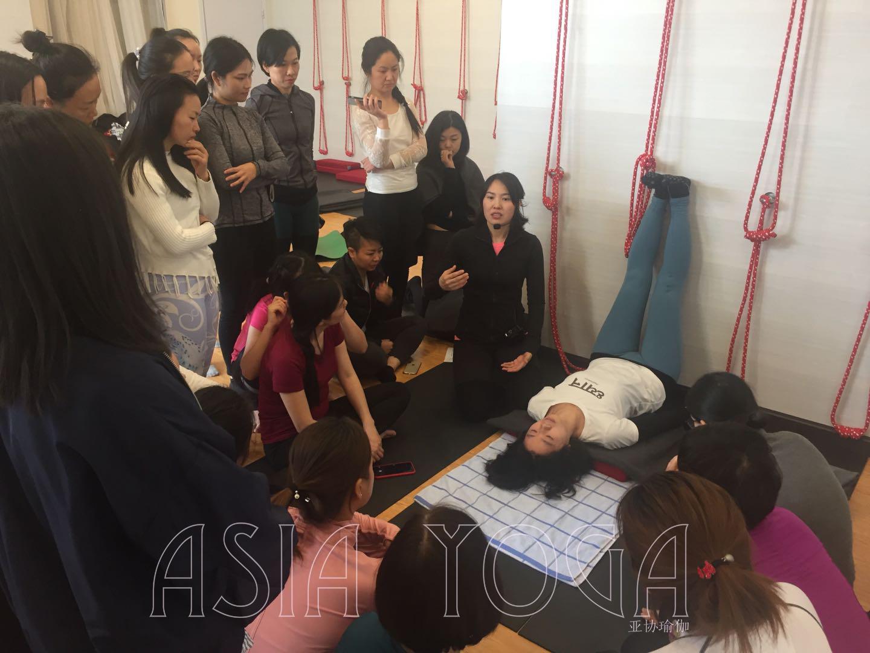 """深圳亚协瑜伽""""女性保健瑜伽""""课程,顺利结业!"""