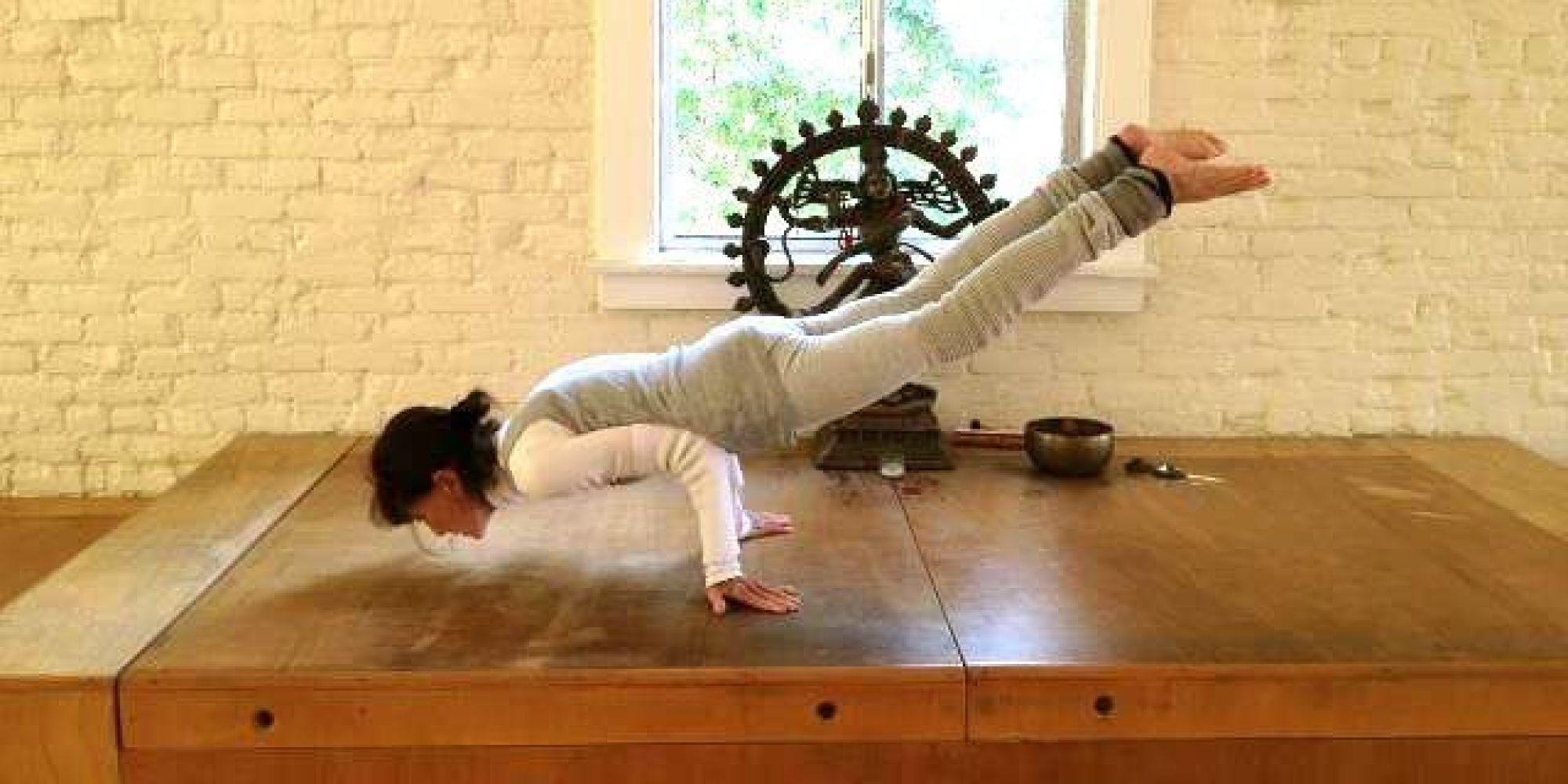 考一个瑜伽教练证书一般需要多少钱?