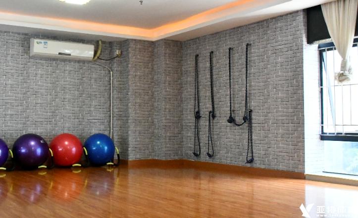 练习艾扬格瑜伽是为什么要使用壁绳