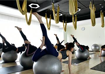 【心得分享】亚协体育瑜伽教培班梁女士—瑜伽的美好