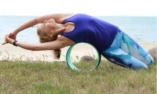 轮瑜伽适合练习什么体式